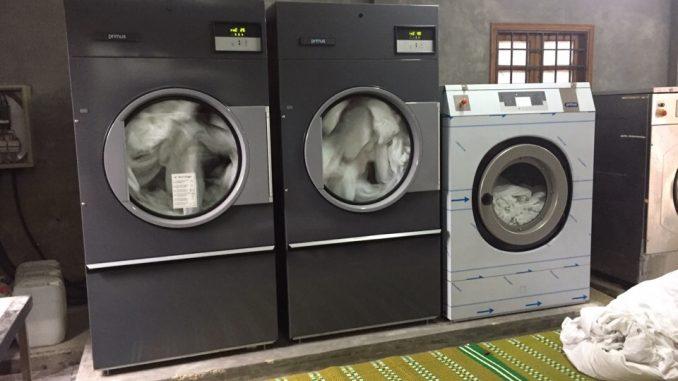 máy giặt hơi nước công nghiệp